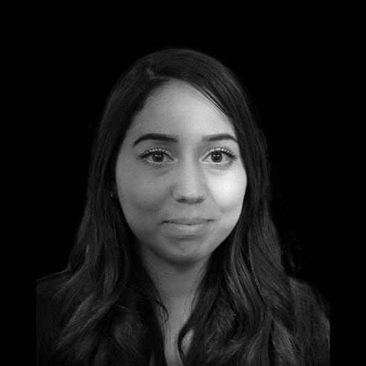 Portret Sarah Mojahid